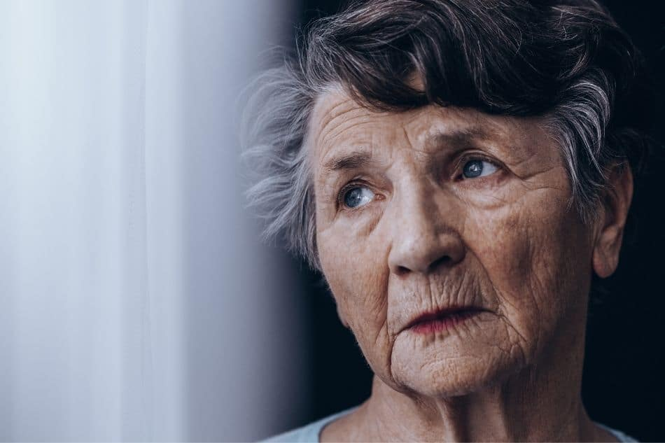 older-woman-in-pain